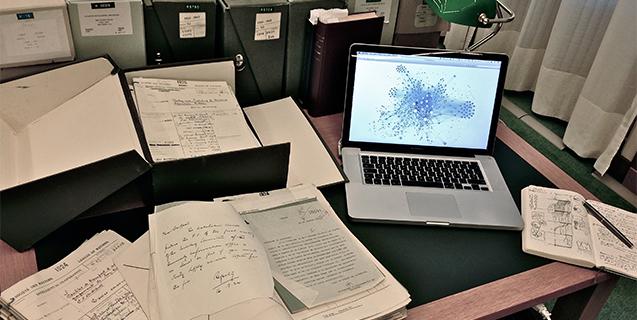 Un hackathon pour explorer les archives